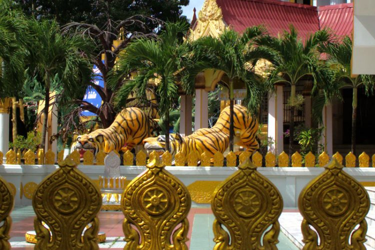 Statues at the Tiger Temple