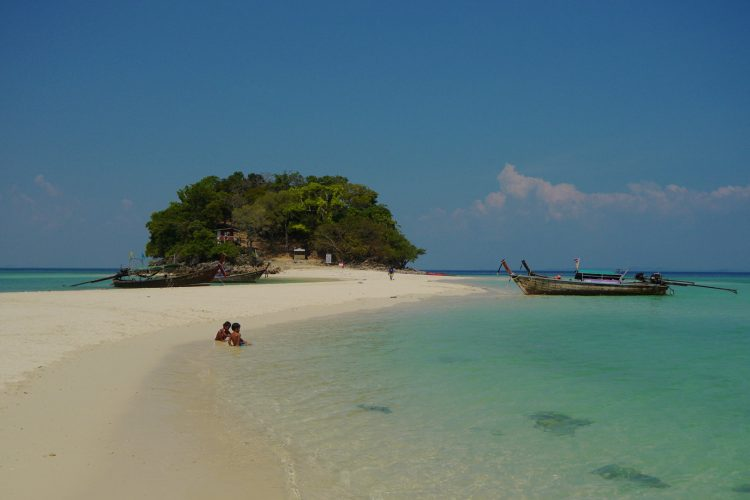 tup island thale waek krabi
