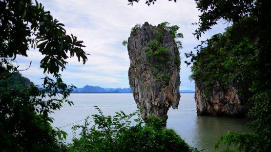 Koh Tapu seen from Koh Pingan