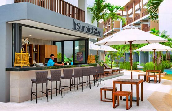 picture of poolside bar at krabi hotel
