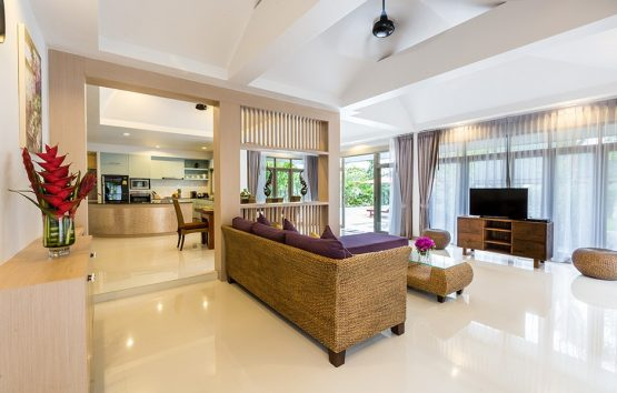 photo of villa lounge area with view to the swimming pool at villa for rent krabi