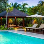 photo of Thai style pool and sala in garden of holiday villa for rent in Thailand